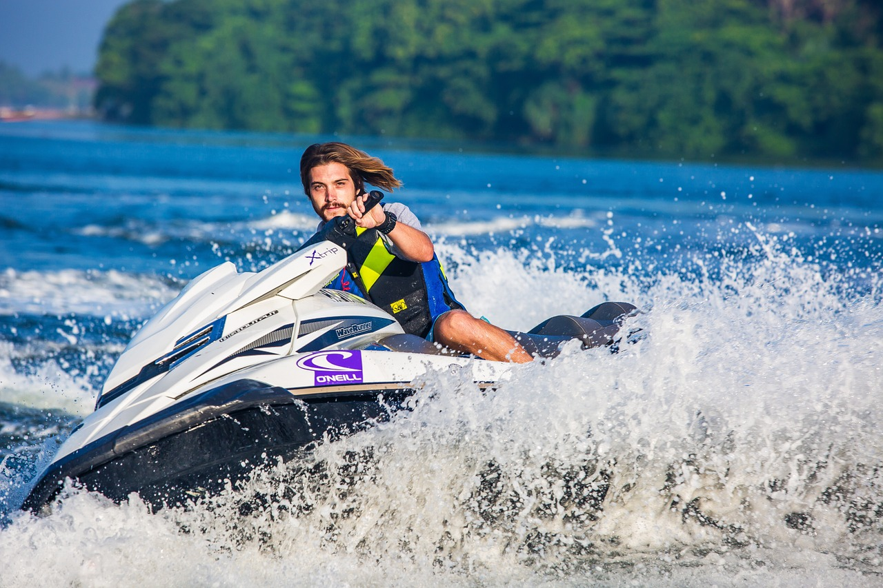 Safety Tips While Jet Skiing